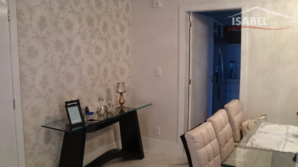 4 suítes, sala de estar, sala de jantar, sala de cinema, cozinha, varanda gourmet, lavabo, área...