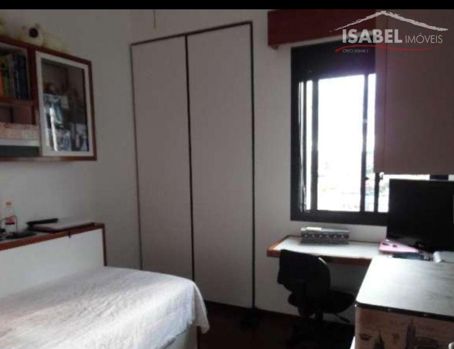 4 dormitórios sendo 1 suíte, banheiro, sala para 3 ambientes, cozinha, área de serviço e 3...