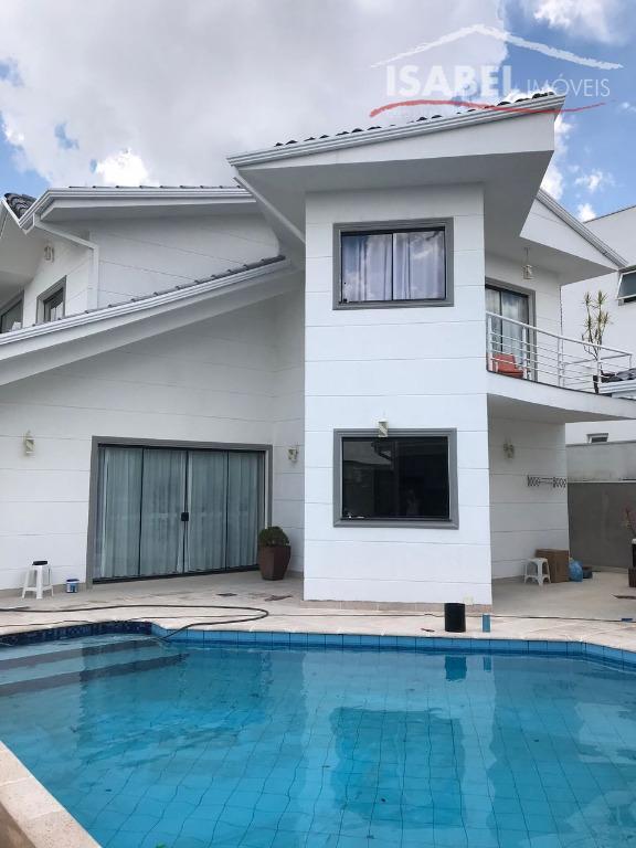 3 dorm, sendo 1 suíte, 3 salas, lavabo, copa, cozinha,2 wc, piscina, área gourmet com churrasqueira,...
