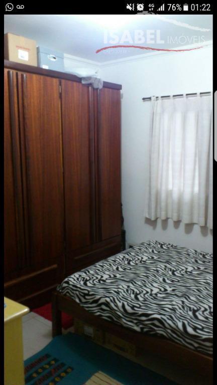 2 dormitórios,sala para 2 ambientes,cozinha com armários planejados,banheiro, 1 vaga descoberta,quadra poliesportiva (pequena)
