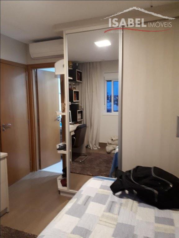 3 suítes todas com armários planejados,sala para 2 ambientes,sacada com espaço gourmet e fechado em vidro,cozinha...
