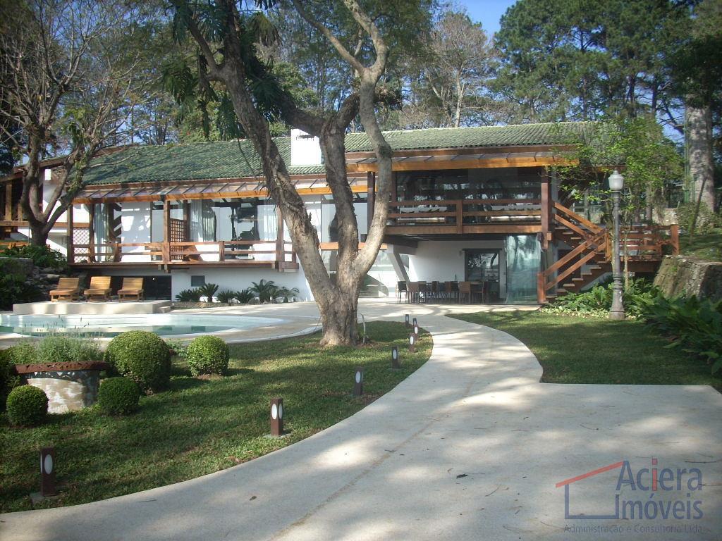 fácil acesso ao comércio.excelente loft para locação, ambiente tranquilo e harmonioso.agende sua visita!