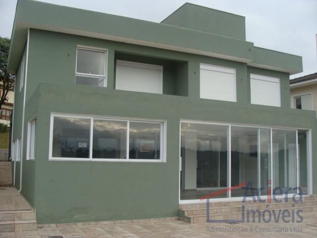 Granja Viana- Excelente casa clean com vista para o campo de golf.