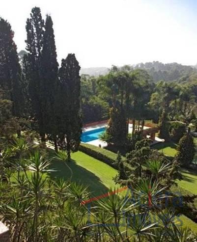 Granja Viana -  Granja Viana - Oportunidade! Casa espetacular, fundo para o lago e linda vista!!