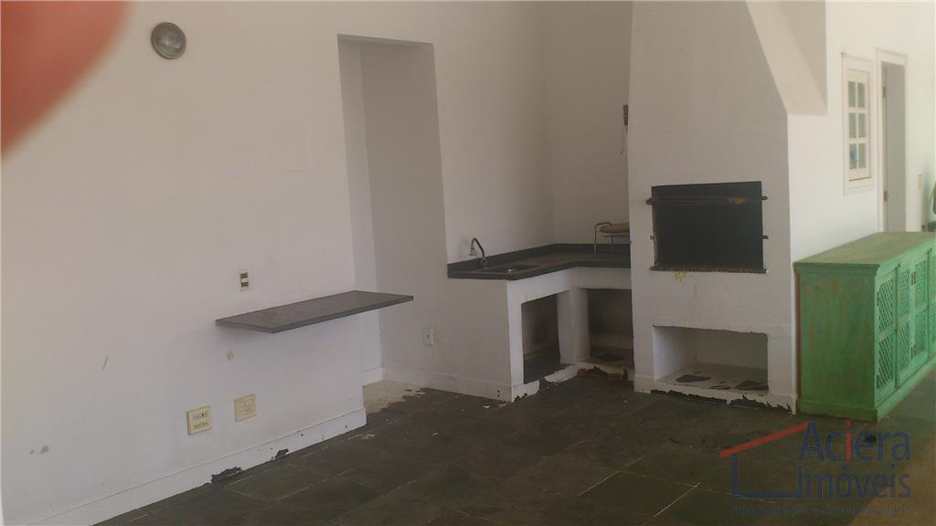 sobrado em condomínio com 4 suítes, hidro, lavabo social, escritório com armários, home theater, salas de...