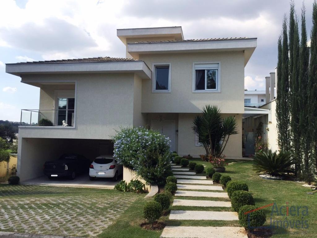 Reserva Santa Maria- Família muda-se para exterior!! Excelente casa, mobiliada, de muito bom gosto!!!