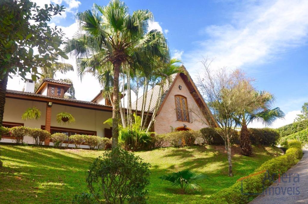Chácara Vale do Rio Cotia- Ótimo imóvel, térreo, sólido, construção impecável, recém reformada!