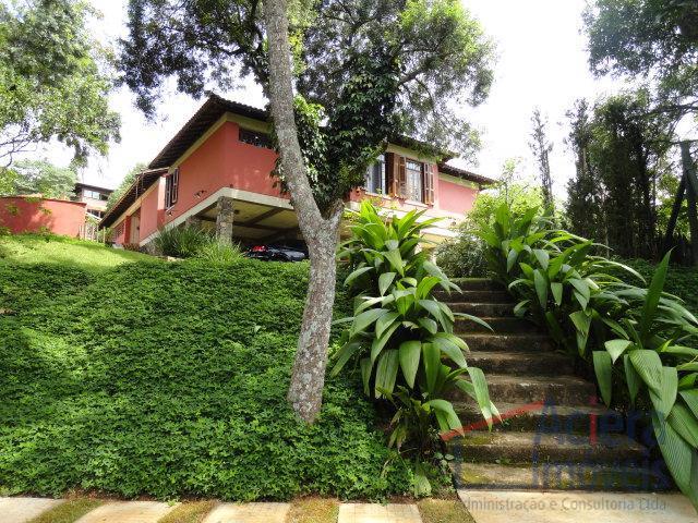 Granja Viana- Casa térrea, estilo fazenda, com madeiras nobres.