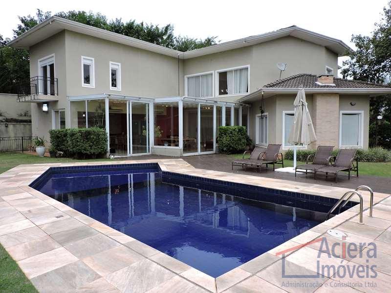 Excelente casa moderna com ótimo acabamento e permuta de até 100% do valor, no condomínio Euroville, Carapicuíba.
