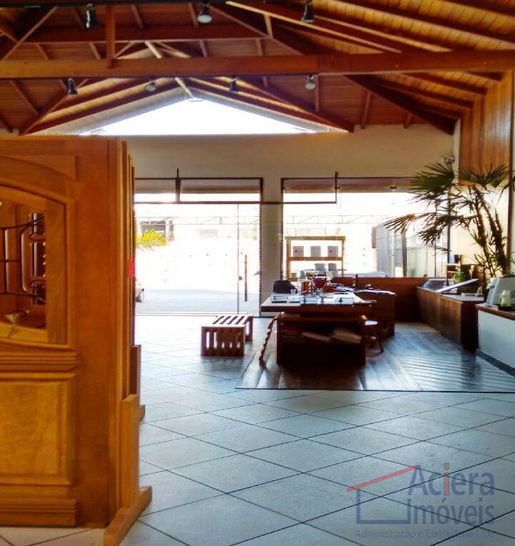 Cotia - Excelente loja de frente para Raposo Tavares – Área independente para loja, escritório e depósito/fabrica.