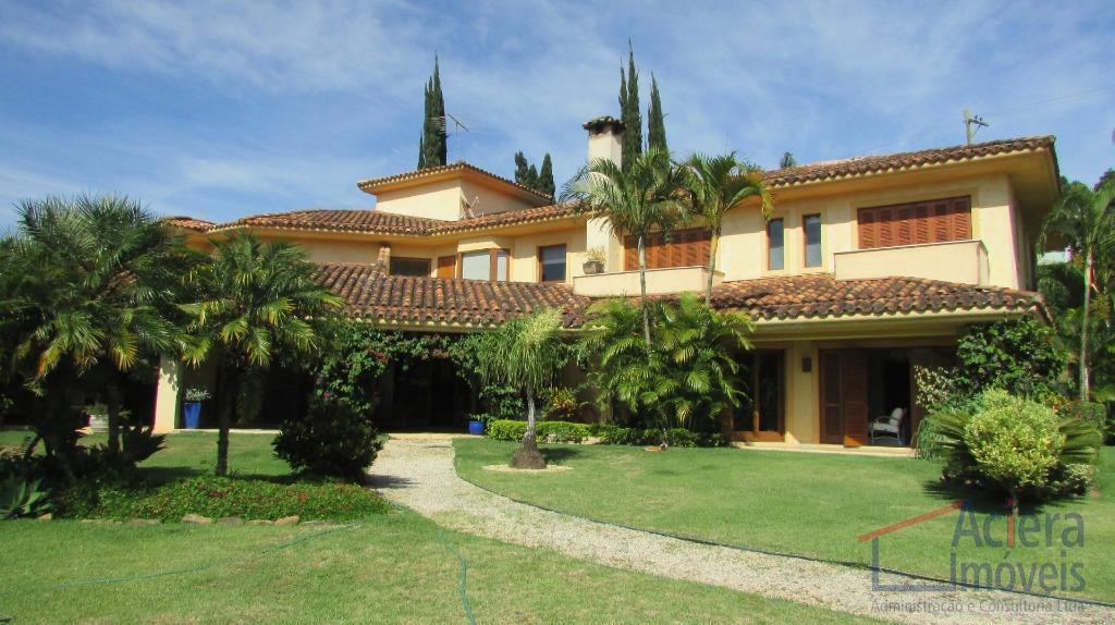 Granja Viana - Vila de São Fernando - Maravilhosa mansão, em um dos lugares mais seguros da região.