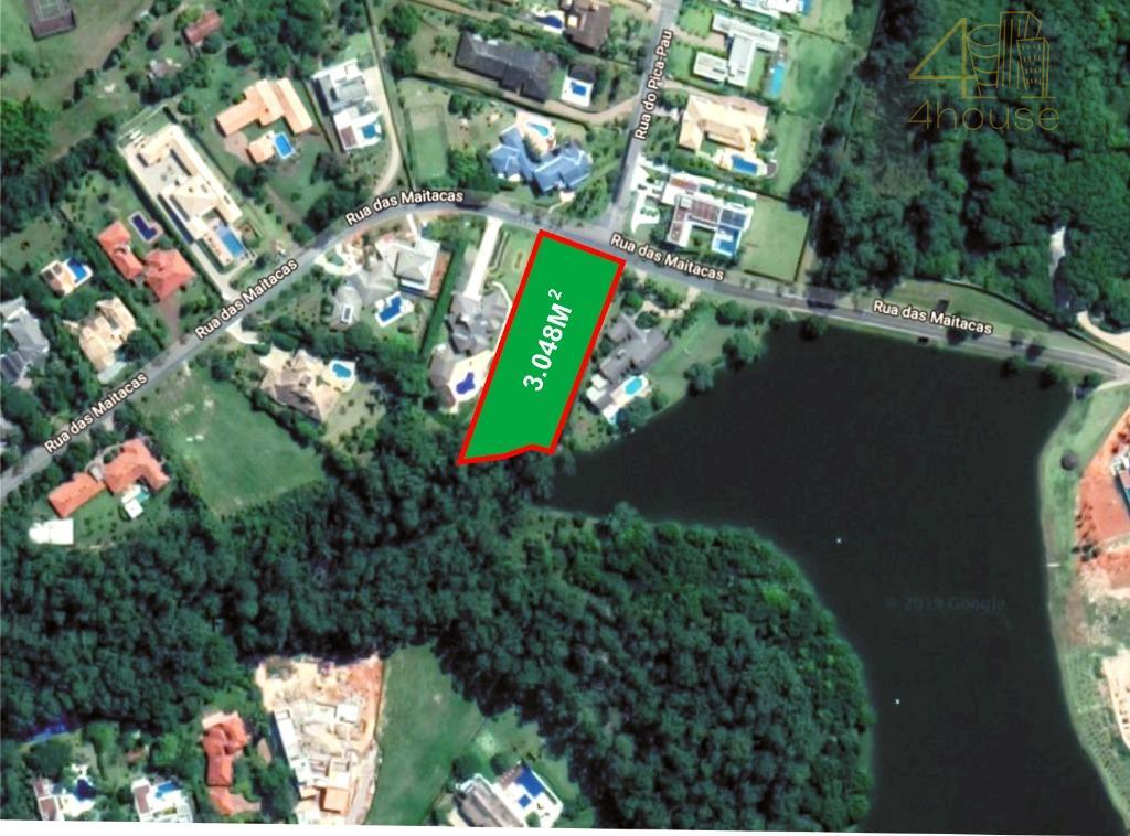 Terreno fundo para o Lago, condomínio Vila Real