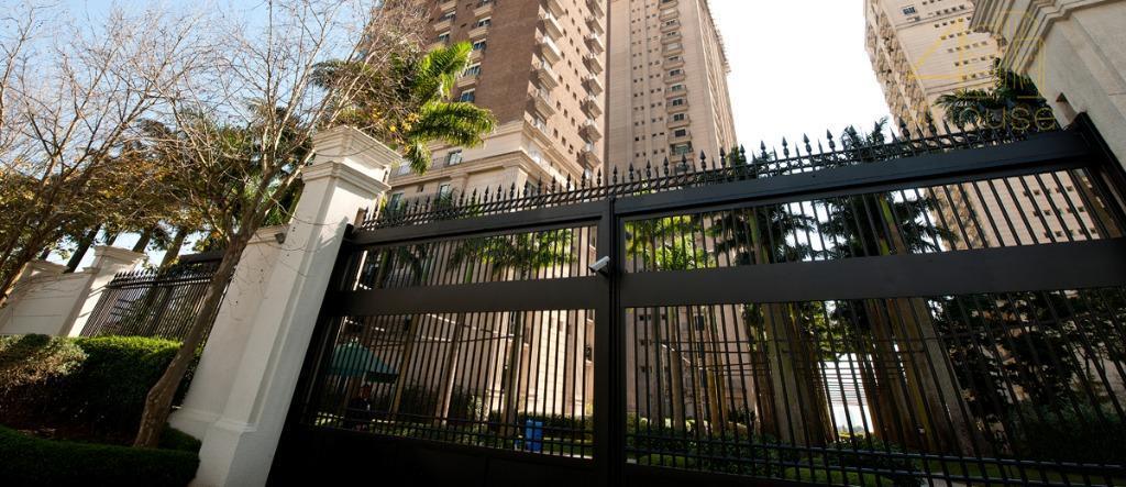 Cobertura Triplex no Parque Cidade Jardim com 2079 m2 , 7 suites e 14 vagas