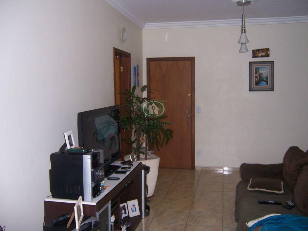 Apartamento 2 dormitórios (suite), Prédio c/ piscina , Embaré -Santos.