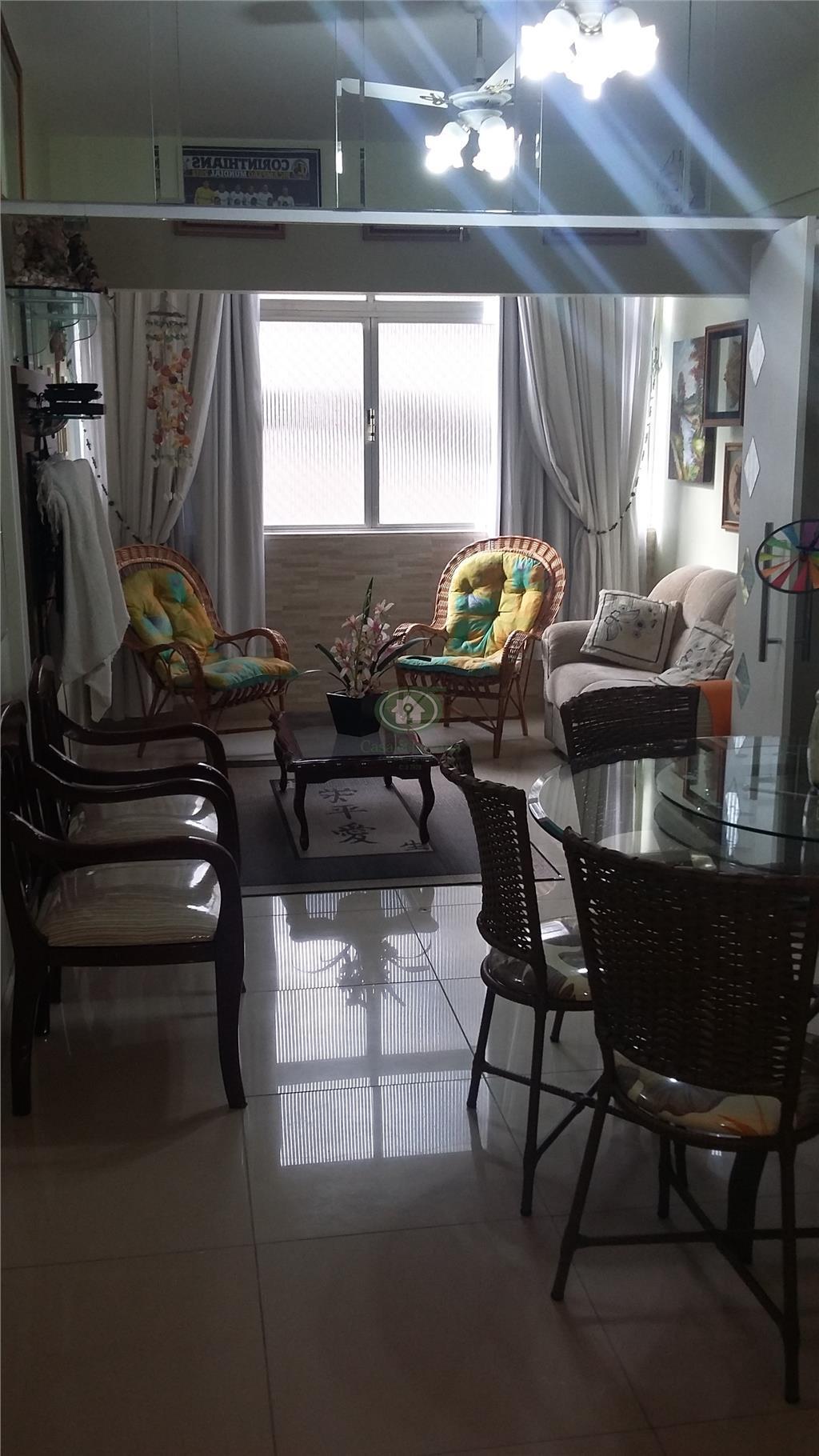 Ótimo apartamento de um dormitório enfrente à praia da Pompéia