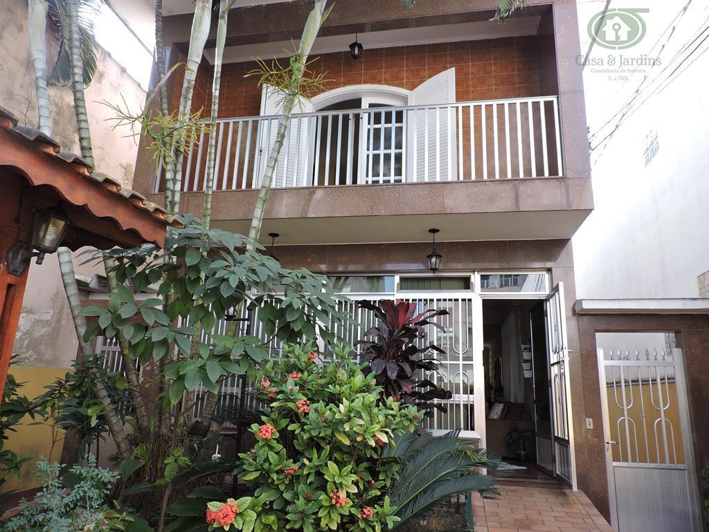 Sobrado com edícula, 04 dorms, 01 suite, 11 vagas de garagem no Campo Grande