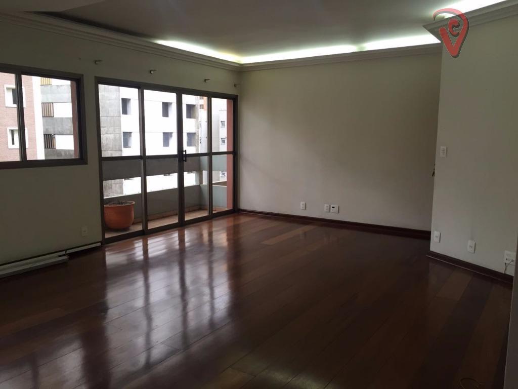 3 dormitórios sendo 1 suíte, living para 3 ambientes com sacada, cozinha com armários, área de...