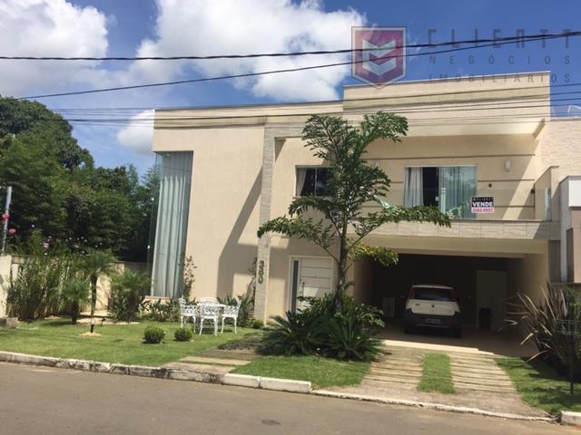 Casa residencial à venda, São Pedro, Juiz de Fora.
