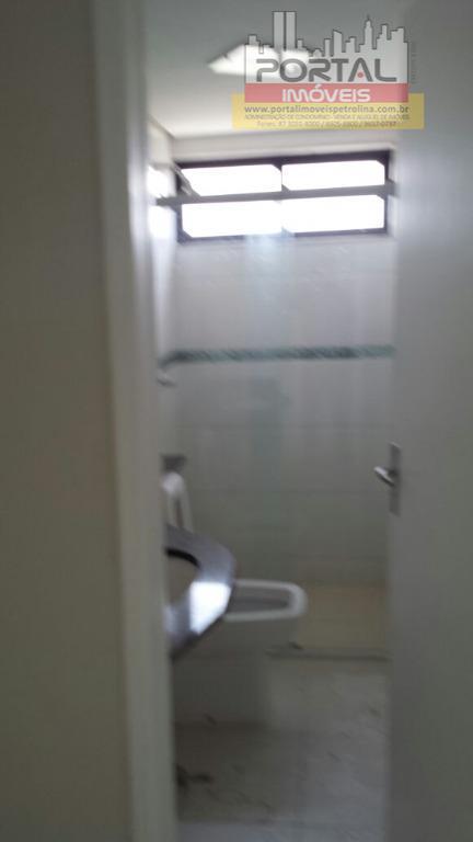 apartamento 701, incluso taxa de condomínio.