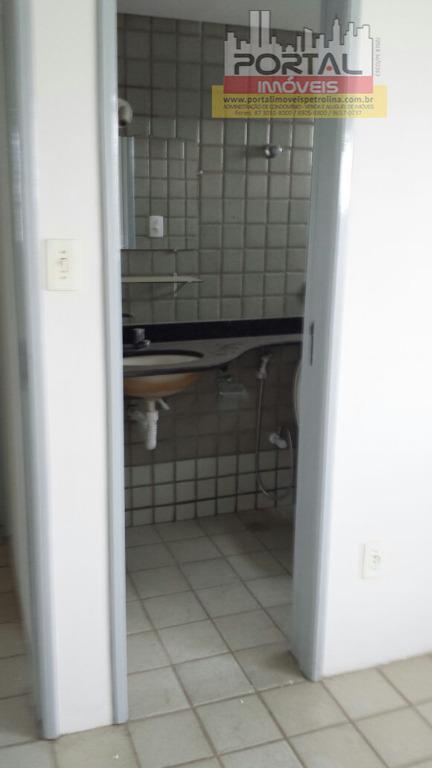 aluguel e taxa de condomínio, apartamento 901.