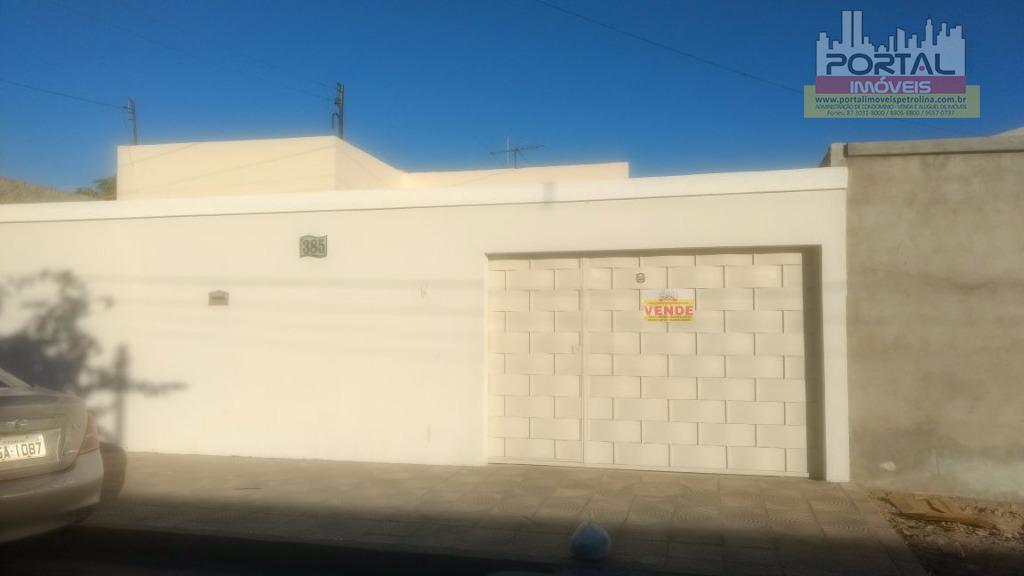 Casa residencial à venda, Vila Eduardo, Petrolina.