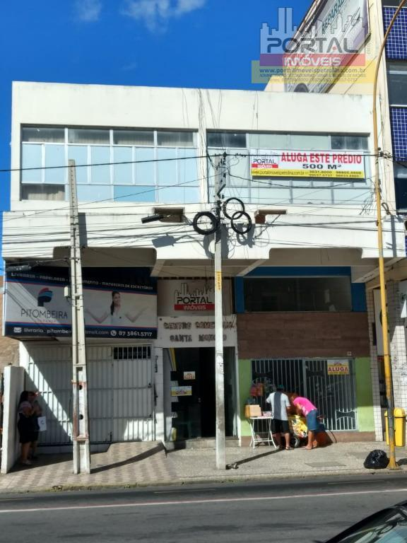 prédio com 250m² sendo 50m² com a frente para av. guararapes e 200m² no 1º andar,...