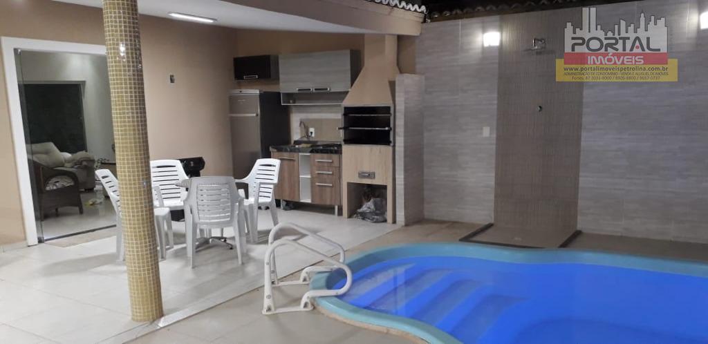 Casa com 3 dormitórios para alugar, 212 m² por R$ 1.500/mês - São Gonçalo - Petrolina/PE