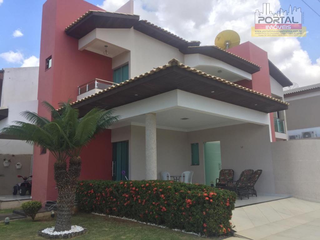 Casa com 4 dormitórios para alugar, 200 m² por R$ 3.500/mês - Cidade Universitária - Petrolina/PE