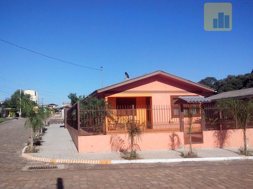 Casa Residencial em Alvenaria com Terreno de Esquina - À venda - Arlindo Hermes, Não-Me-Toque.