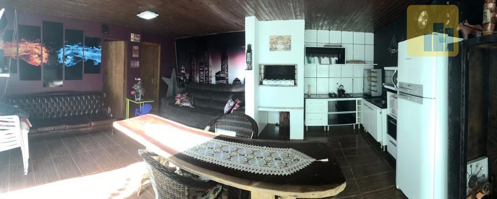imóvel residencial para vendao imóvel oferece acabamento com piso em porcelanato e laminado, forro em gesso,...