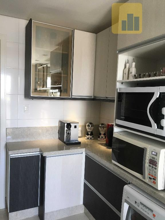 apartamento semi mobiliado - edifício spazio di nápoliexcelente oportunidade para investir e viver bem!apartamento com área...