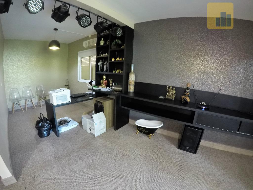 excelente apartamento semi-mobiliado - victor graeff rslocalizado a poucos metros da praça central , com todo...