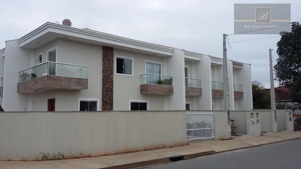 Sobrado residencial à venda, Aventureiro, Joinville.