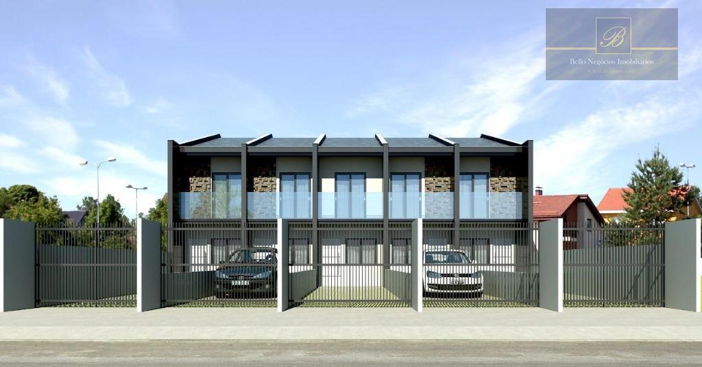 Sobrado com 2 dormitórios à venda, 68 m² por R$ 200.000 - Aventureiro - Joinville/SC