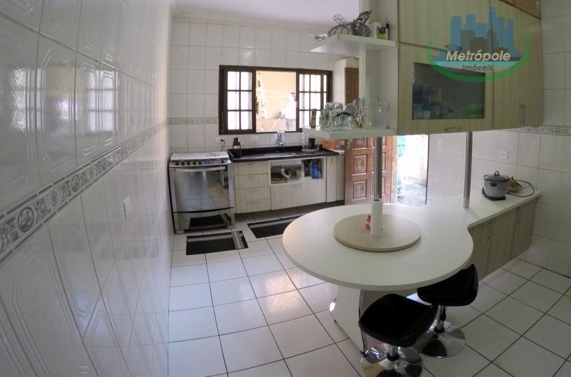 Sobrado de 3 dormitórios à venda em Jardim Silvia, Guarulhos - SP