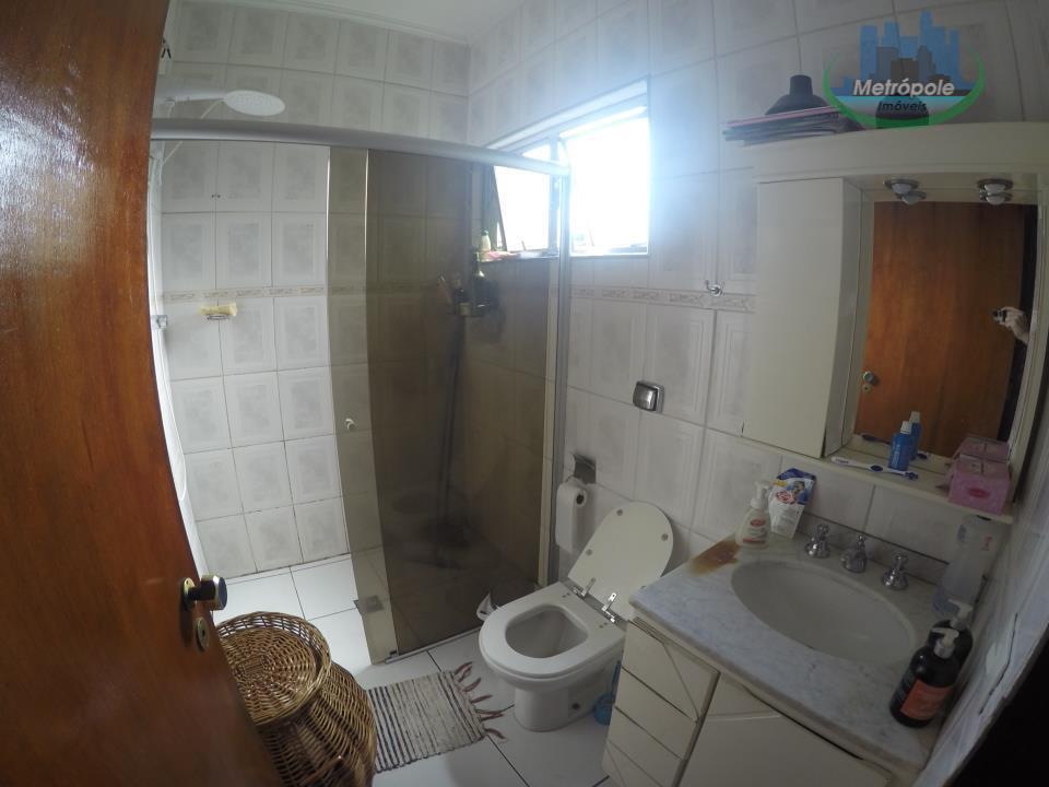 Sobrado de 3 dormitórios em Jardim Nova Taboão, Guarulhos - SP