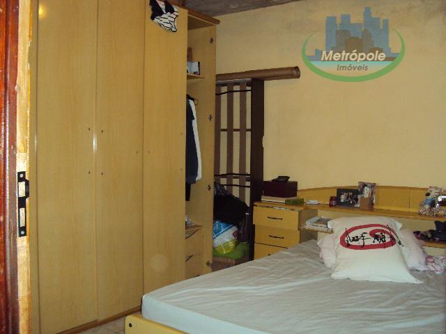 Casa de 6 dormitórios à venda em Cidade Martins, Guarulhos - SP