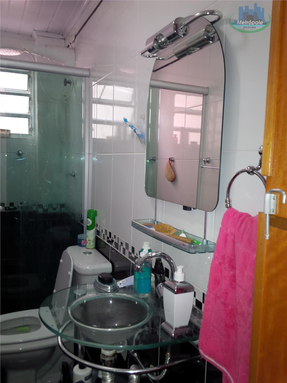 Apartamento de 2 dormitórios à venda em Jardim Cocaia, Guarulhos - SP