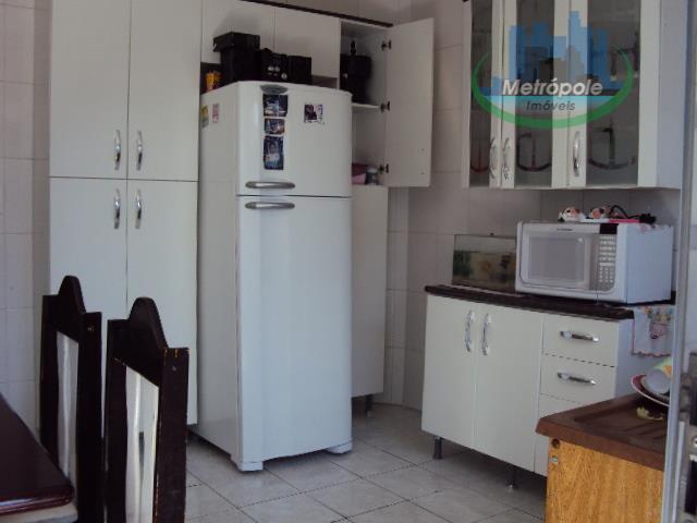 Sobrado de 2 dormitórios à venda em Jardim Santa Emilia, Guarulhos - SP