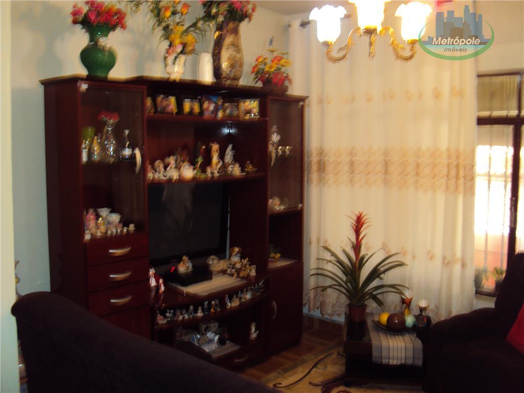 Sobrado de 3 dormitórios à venda em Jardim Almeida Prado, Guarulhos - SP
