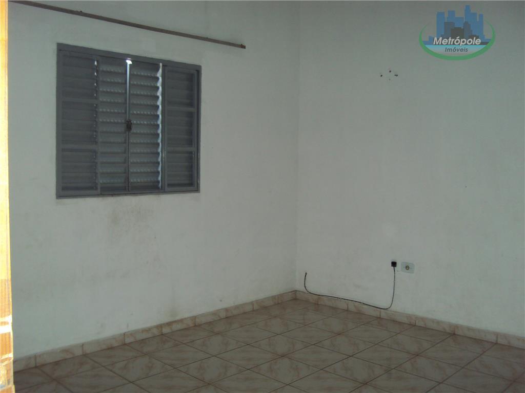 Casa de 2 dormitórios em Parque Primavera, Guarulhos - SP