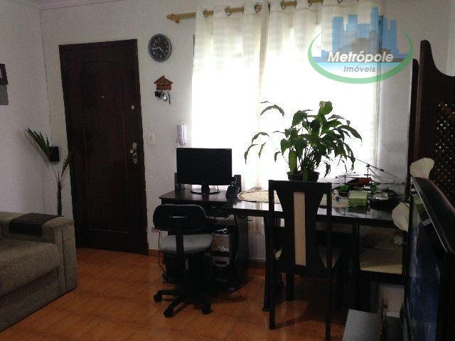 Apartamento de 2 dormitórios em Jardim Flor Da Montanha, Guarulhos - SP