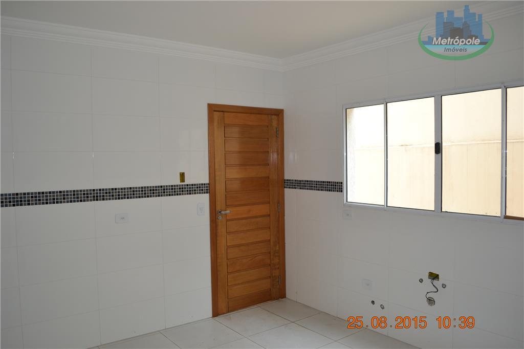 Sobrado de 3 dormitórios em Jardim Santa Clara, Guarulhos - SP