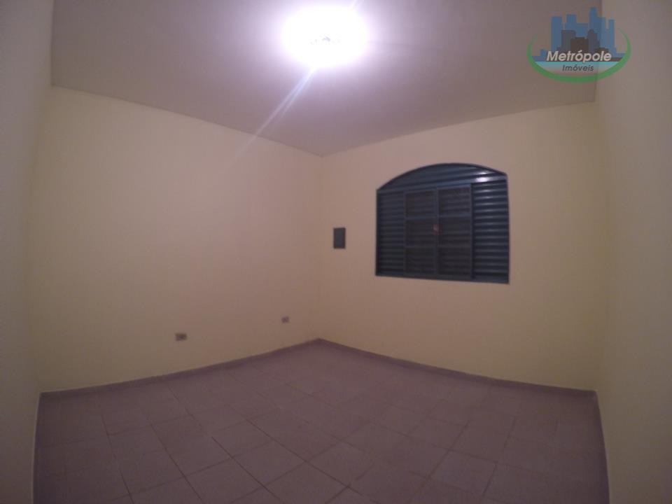 Casa de 2 dormitórios à venda em Jardim Almeida Prado, Guarulhos - SP