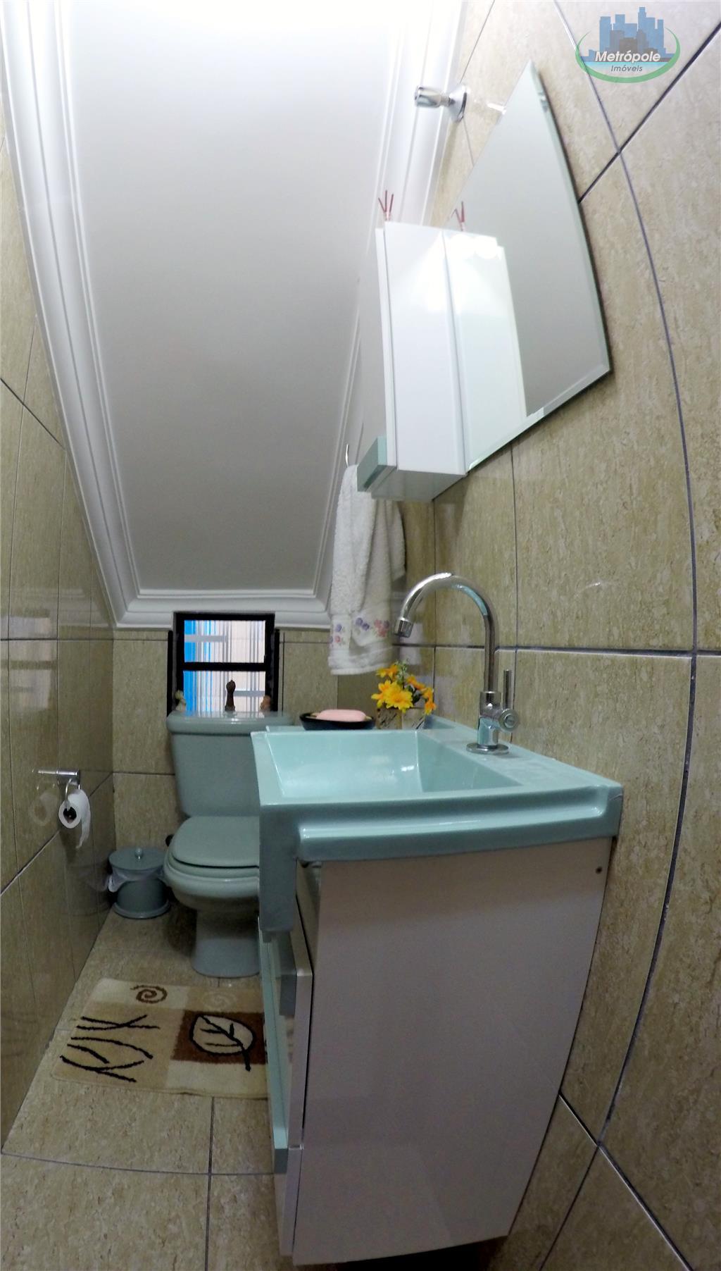Sobrado de 3 dormitórios em Jardim Bela Vista, Guarulhos - SP