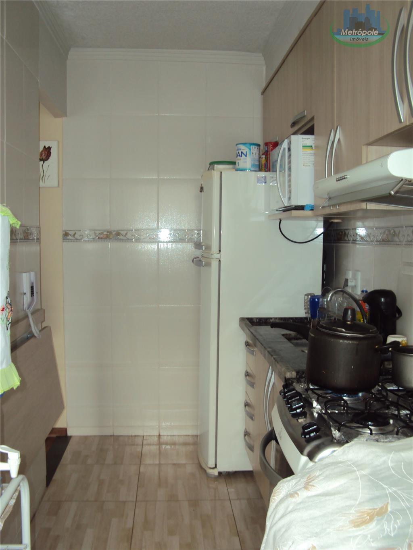 Apartamento de 3 dormitórios em Jardim São Domingos, Guarulhos - SP