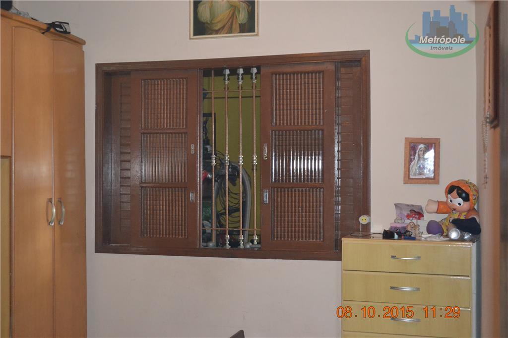 Casa de 2 dormitórios em Jardim Almeida Prado, Guarulhos - SP