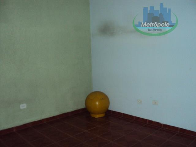Sobrado de 2 dormitórios à venda em Cidade Martins, Guarulhos - SP