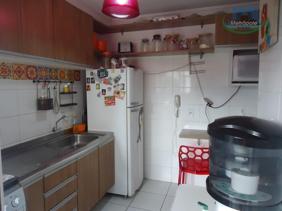 Apartamento de 3 dormitórios em Jardim Nova Taboão, Guarulhos - SP