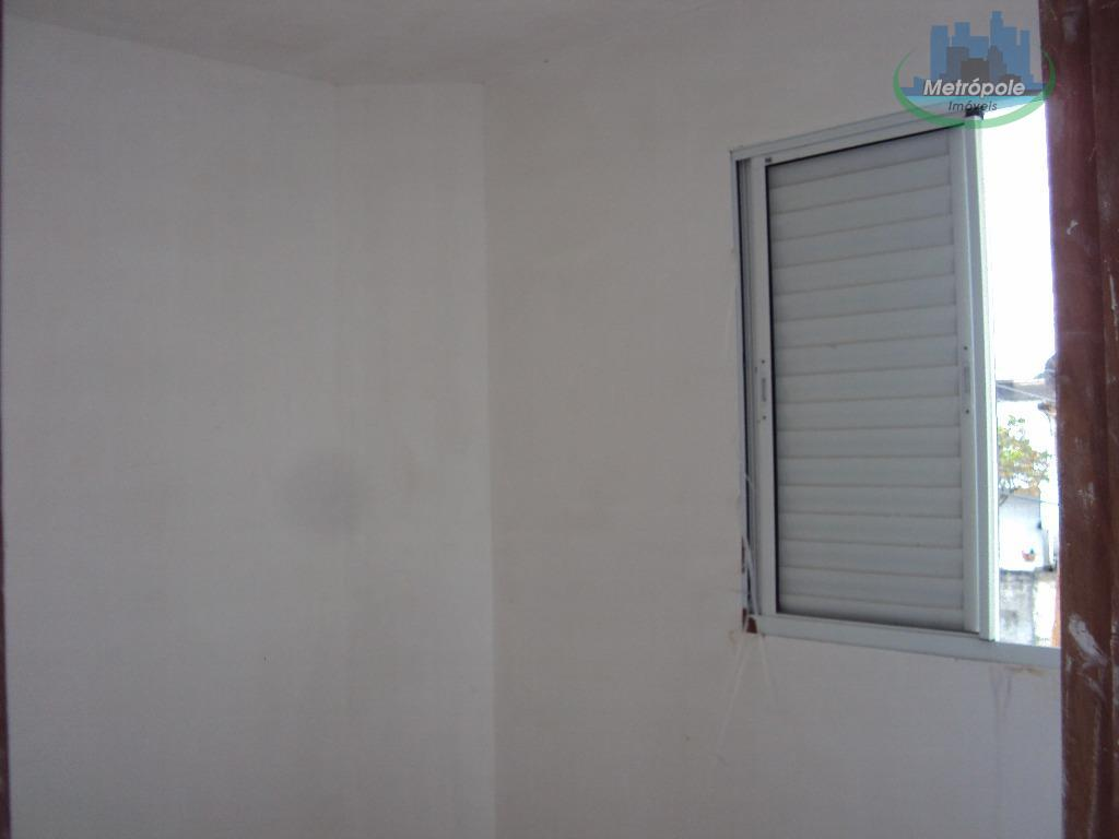 Apartamento de 2 dormitórios em Jardim Santa Cecília, Guarulhos - SP